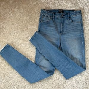 Abercrombie and Fitch super skinny high rise